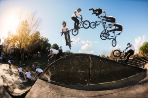 HARRYMAINIA : LA NOUVELLE WEBSERIE D'HARRY MAIN, STAR DU BMX - EPISODE#1